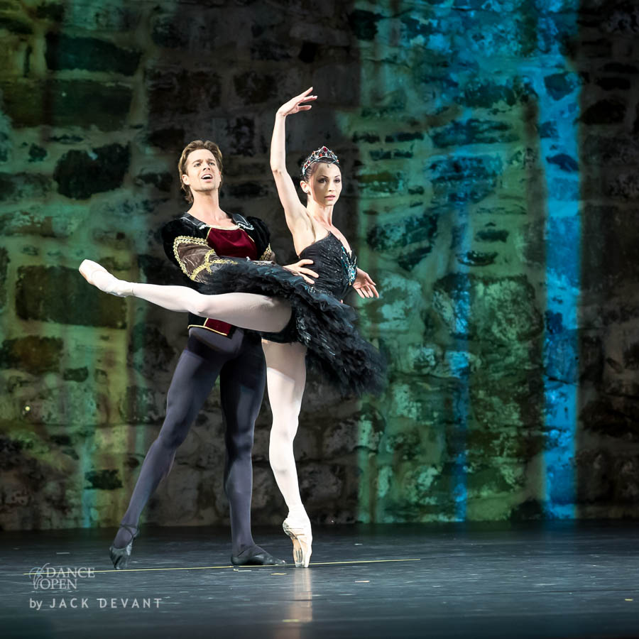 Music by P. Tchaikovski Choreography by M. Petipa  Pas de Deux from Swan Lake Performed by Anna Tsygankova and Matthew Golding