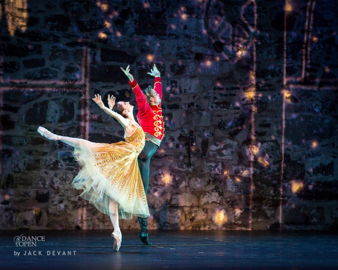 Anna Tsygankova and Matthew Golding in Cinderella