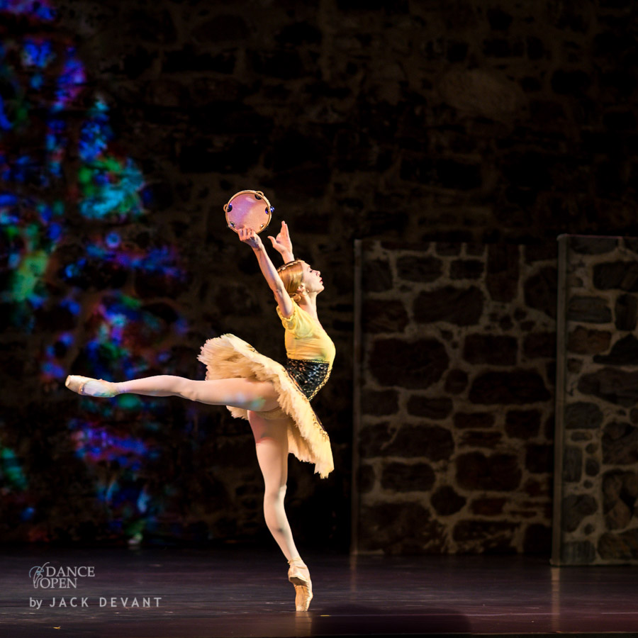 Iana Salenko, Dinu Tamazlacaru and corps de ballet of the Yakobson Ballet Theater in Pas de six from La Esmeralda
