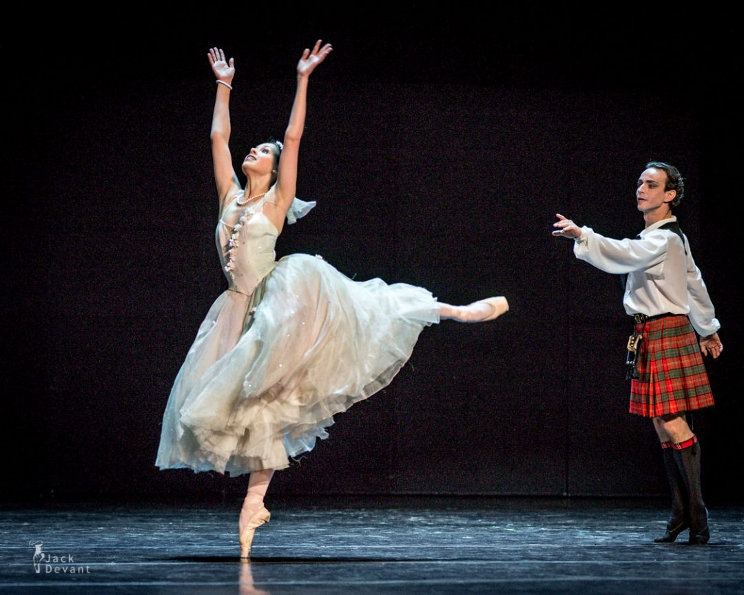 Daria Khokhlova and Denis Medvedev in La Sylphide