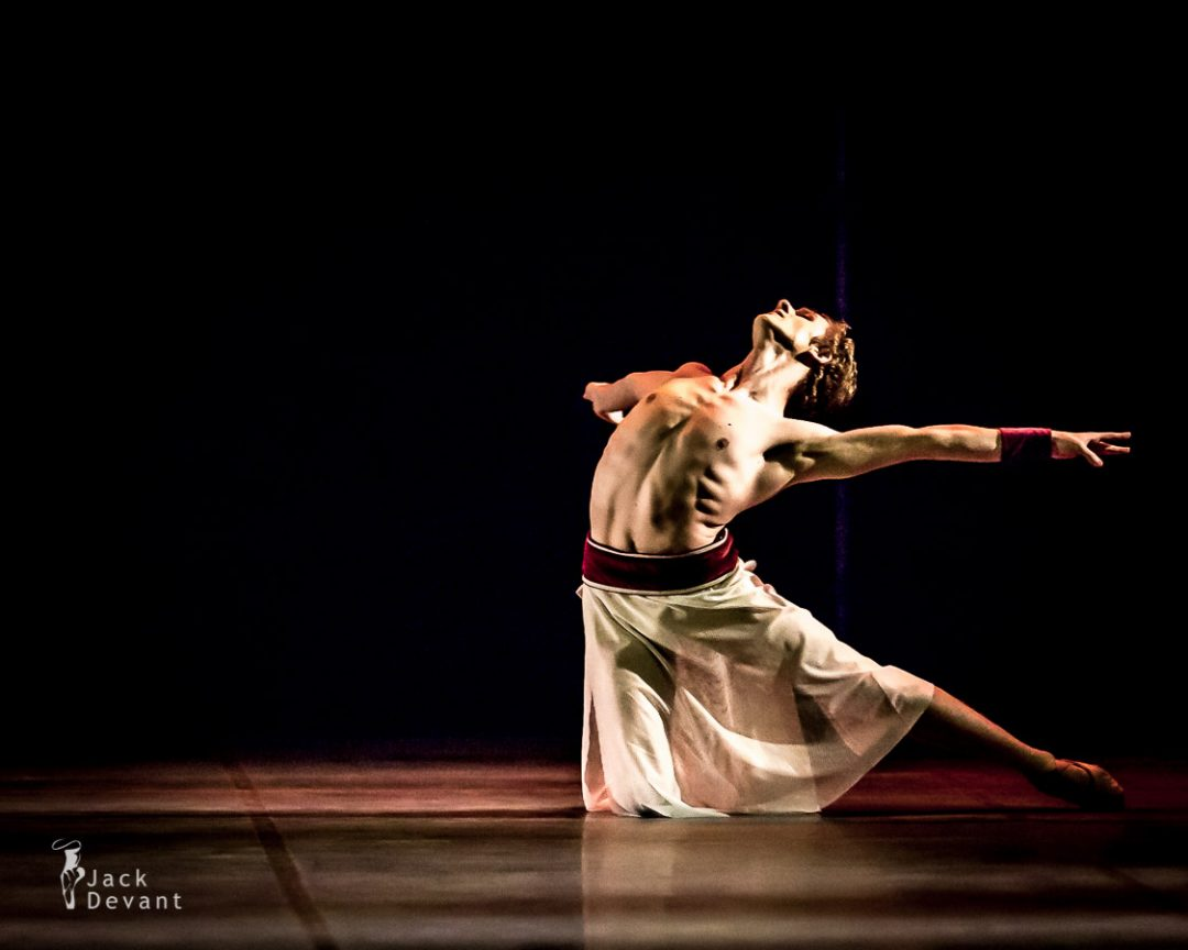 Ave Maria by Jonathan Hanks, choreography by Mai Murdmaa