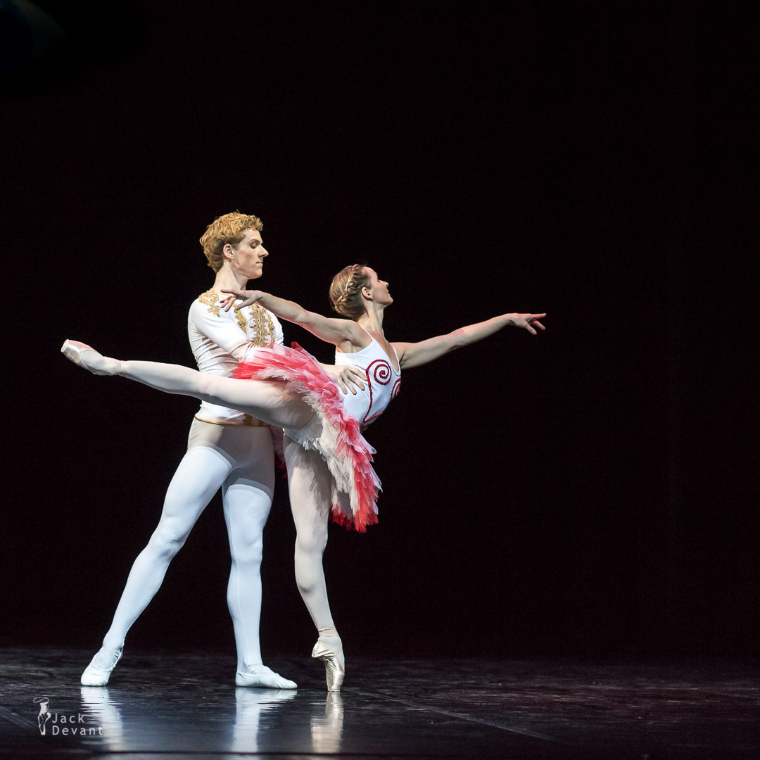 Petrushka by National Ballet of Estonia