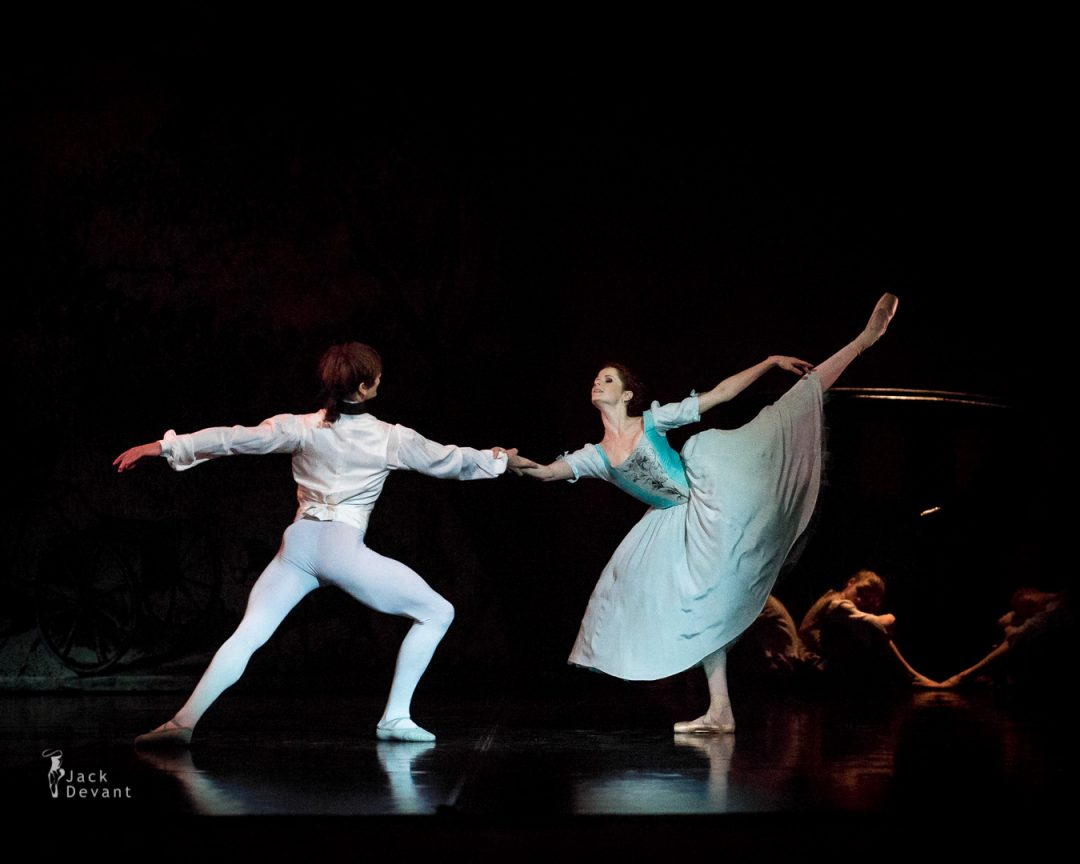 12 Alena Shkatula and Friedemann Vogel in Manon-108