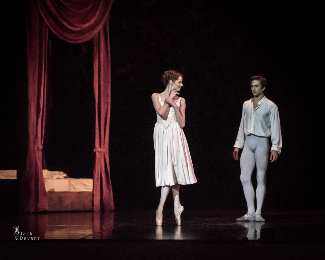 Alena Shkatula as Manon and Friedemann Vogel Bedroom act 2-108