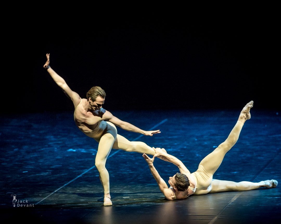 Rainer Krenstetter and Marian Walter in Les Intermittences Du Coeur-110