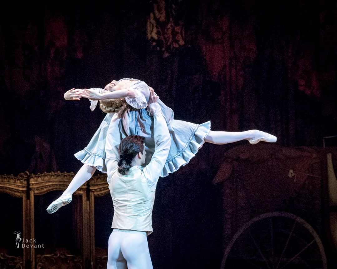 Natalia Somova and Ivan Mikhalev in Manon