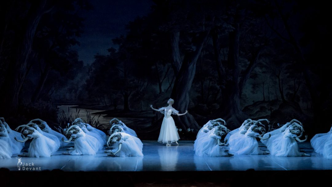 Ekaterina Borchenko as Myrtha, Queen of the Wilis in Giselle