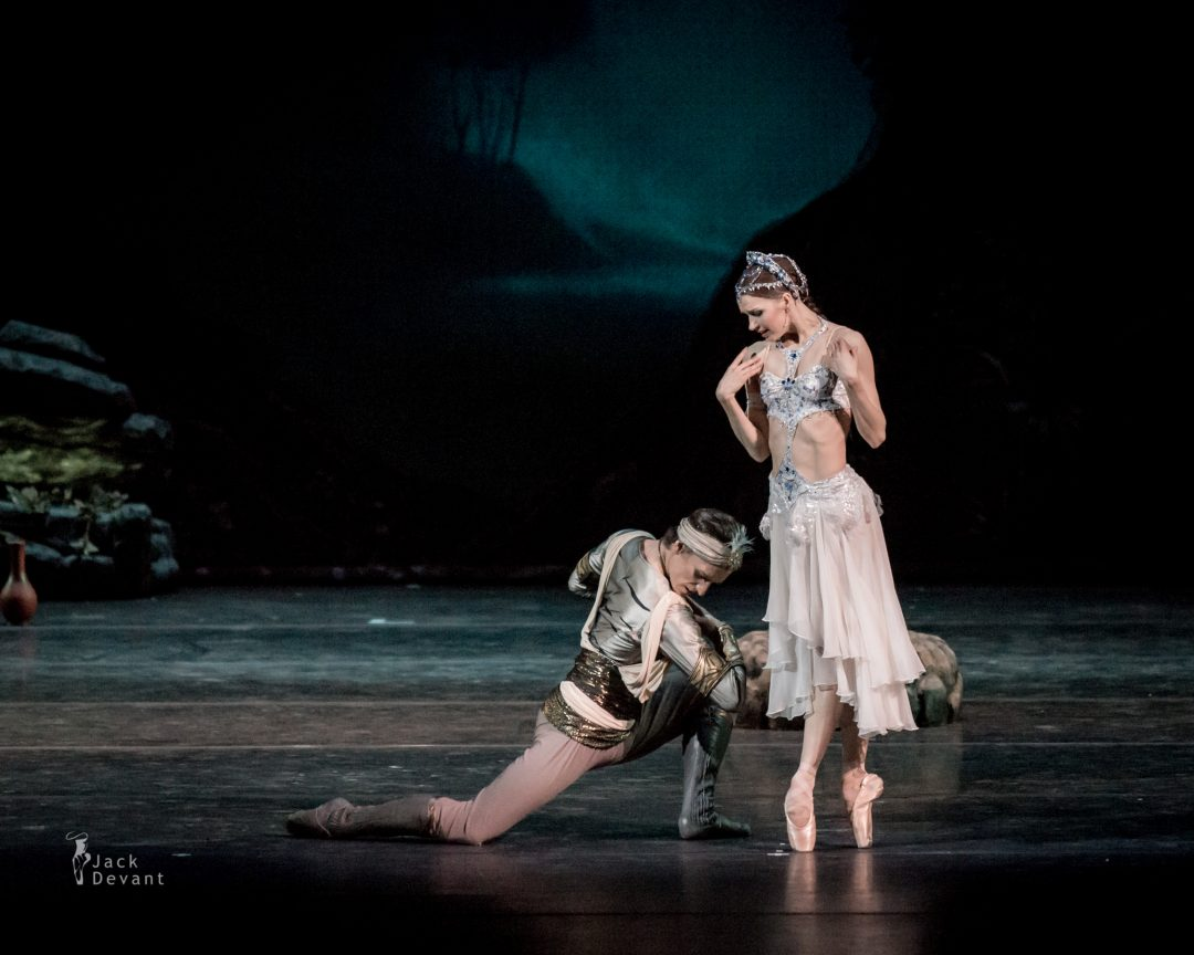 Natalia Somova as Nikiya and Sergei Polunin as Solor in La Bayadere-107