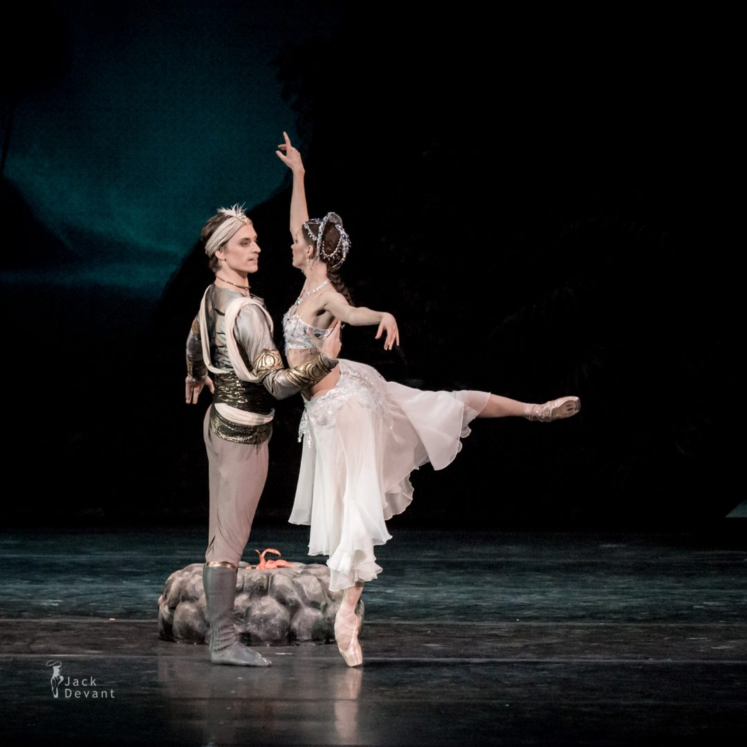Natalia Somova as Nikiya and Sergei Polunin as Solor in La Bayadere-113
