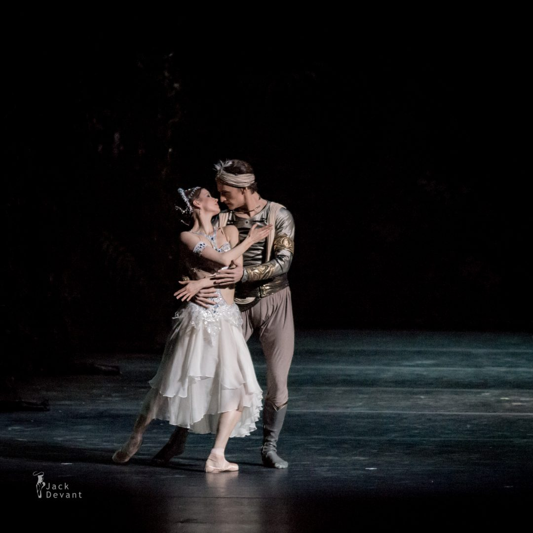 Natalia Somova as Nikiya and Sergei Polunin as Solor in La Bayadere-116