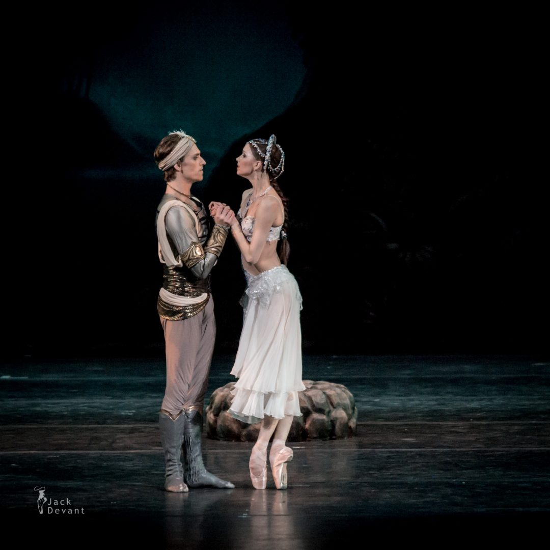 Natalia Somova as Nikiya and Sergei Polunin as Solor in La Bayadere-117