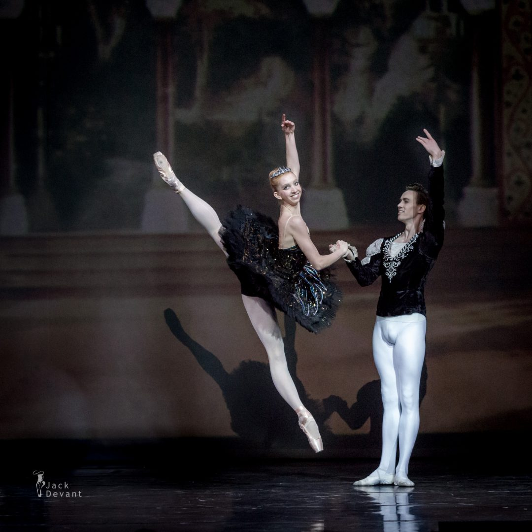 Black Swan pdd by Sara Michelle Murawski and Andrej Szabo-120