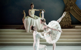 Angelina Vorontsova and Leonid Sarafanov in The Sleeping Beauty pdd