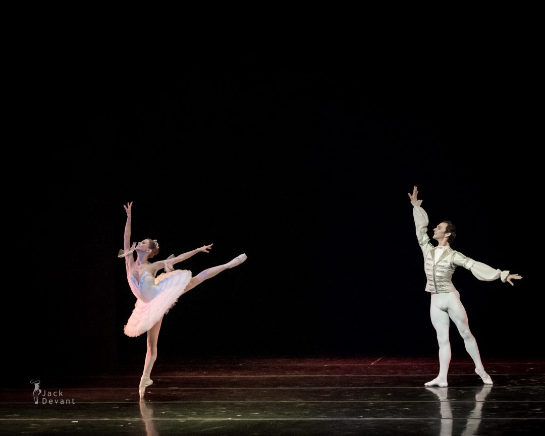 Anastasia Stashkevich and Vyacheslav Lopatin in The Nutcracker Les Etoiles Gala 2014