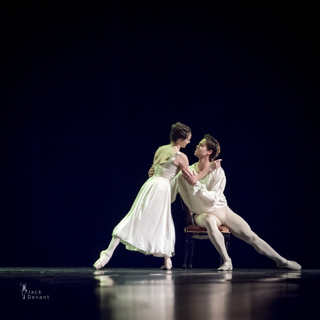 Elena Glurdjidze and Matthew Golding in Manon