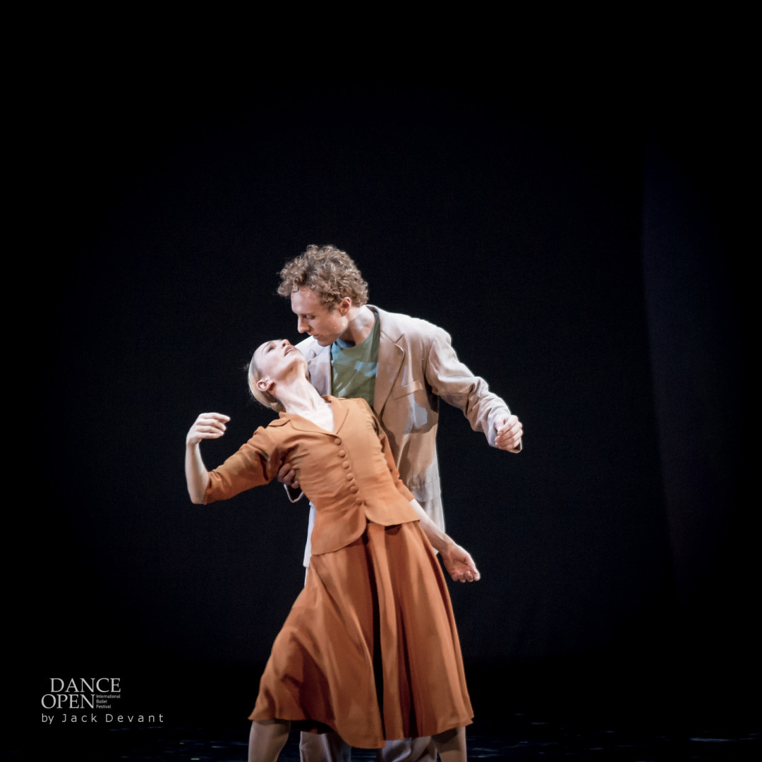 Silvia Azzoni and Remi Wörtmeyer in Sylvia