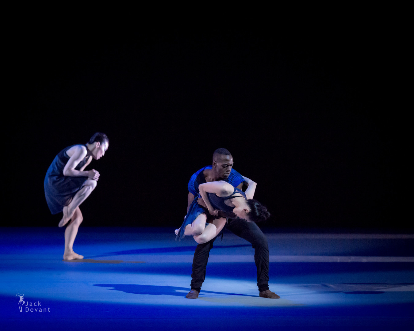 Benois de la Dance 2015 Gala Yuko Kato, So Yeon Kim and Chidozie Nzerem in Deep Field