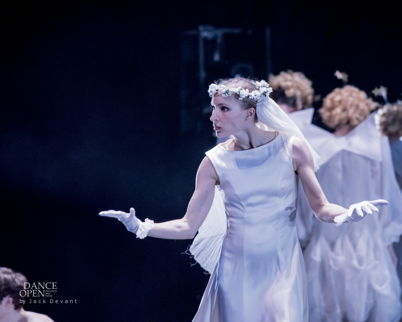 Contra Clockwise Witness by by Vienna State Ballet