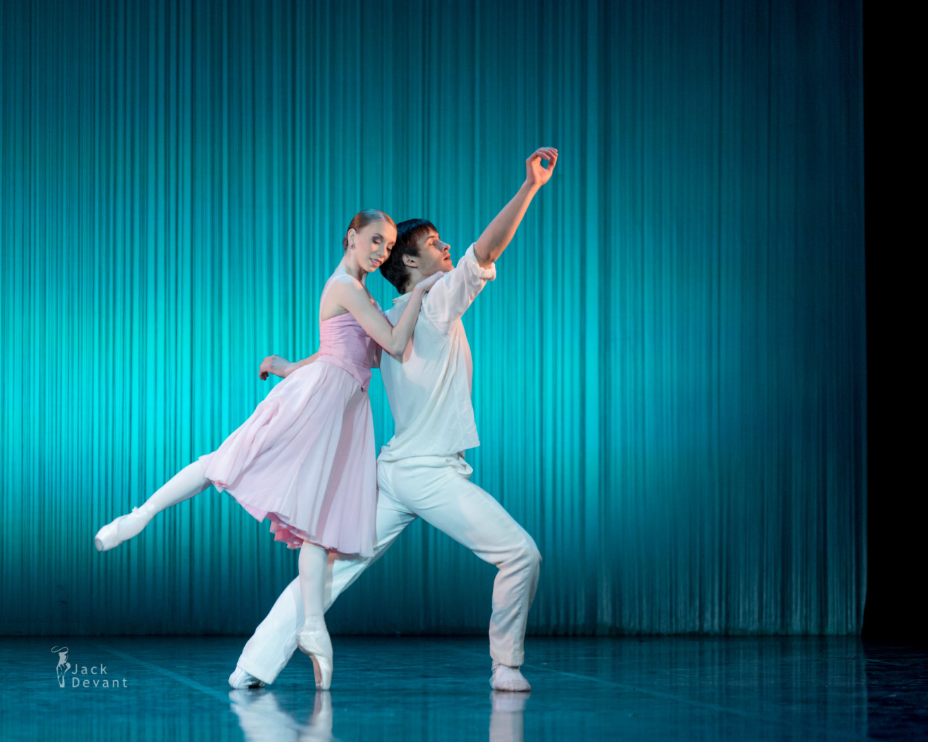 Daria Panova and Pavel Vjunenko in Spring