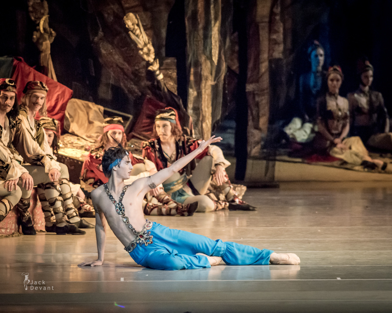 rnest Latypov (Rus. Эрнест Латыпов) as Ali in Le Corsaire