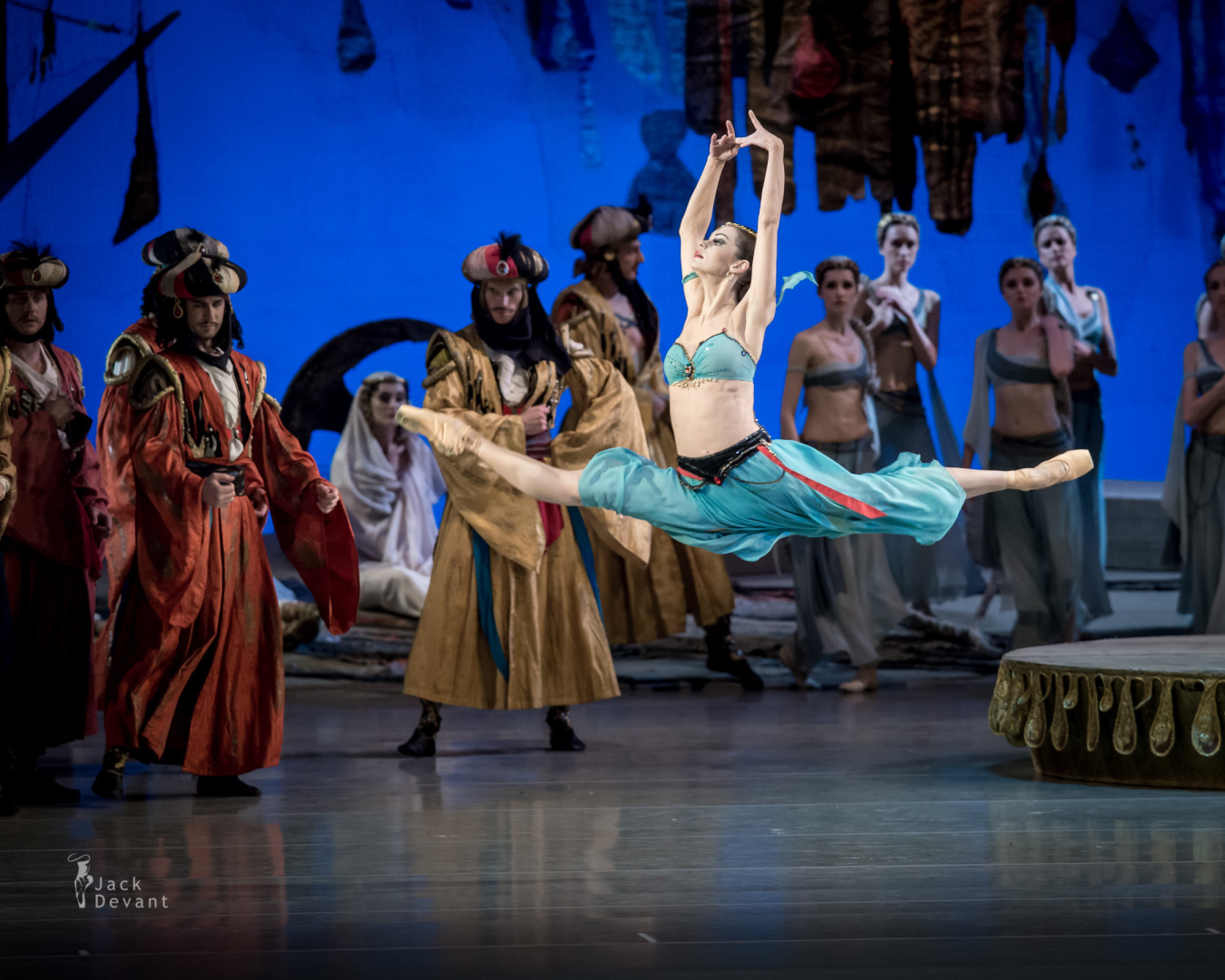 Anastasia Kolegova as Medora in the slave market scene in Le Corsaire