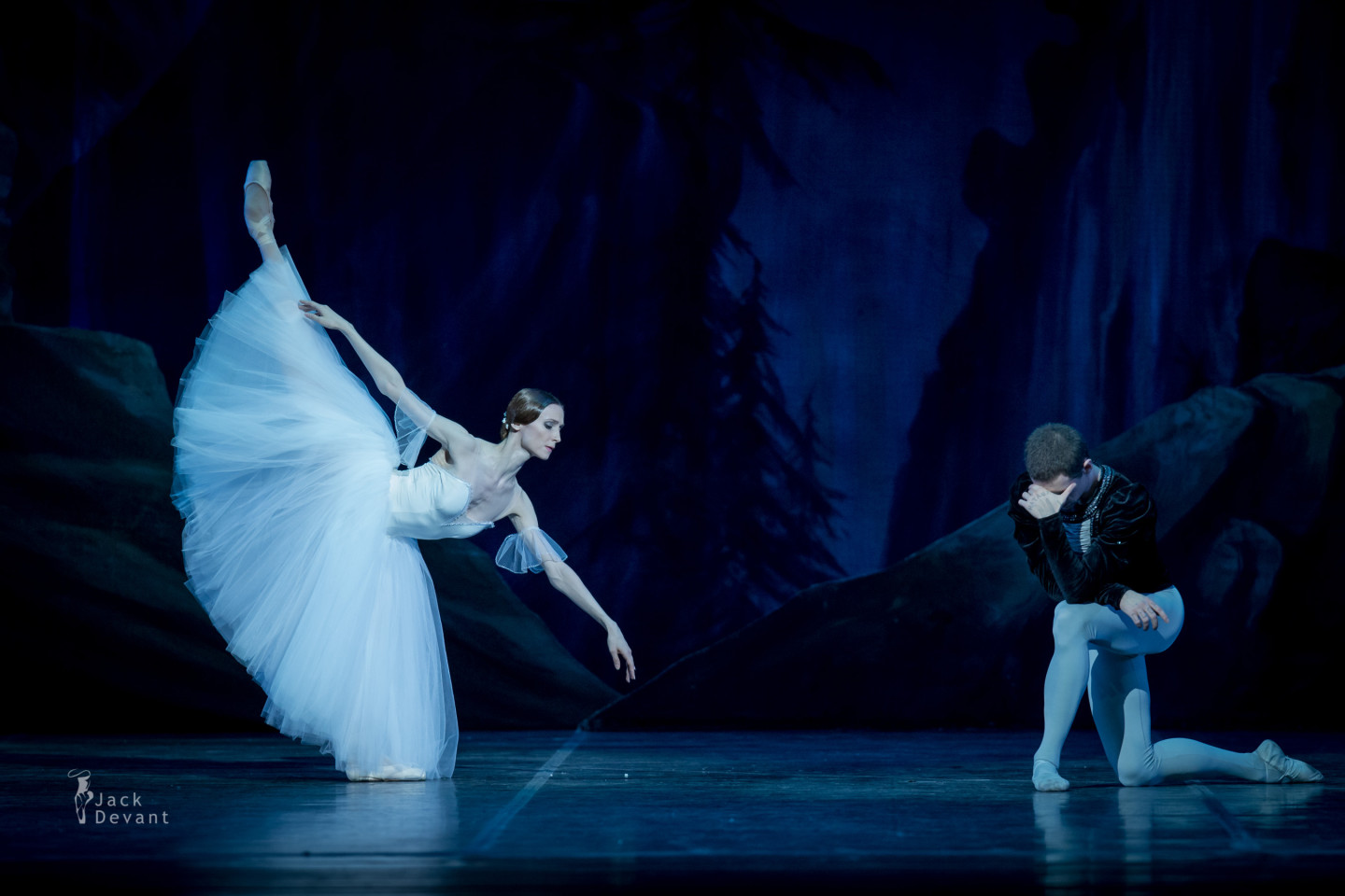 Svetlana Zakharova and Sergei Polunin in Giselle 2nd act