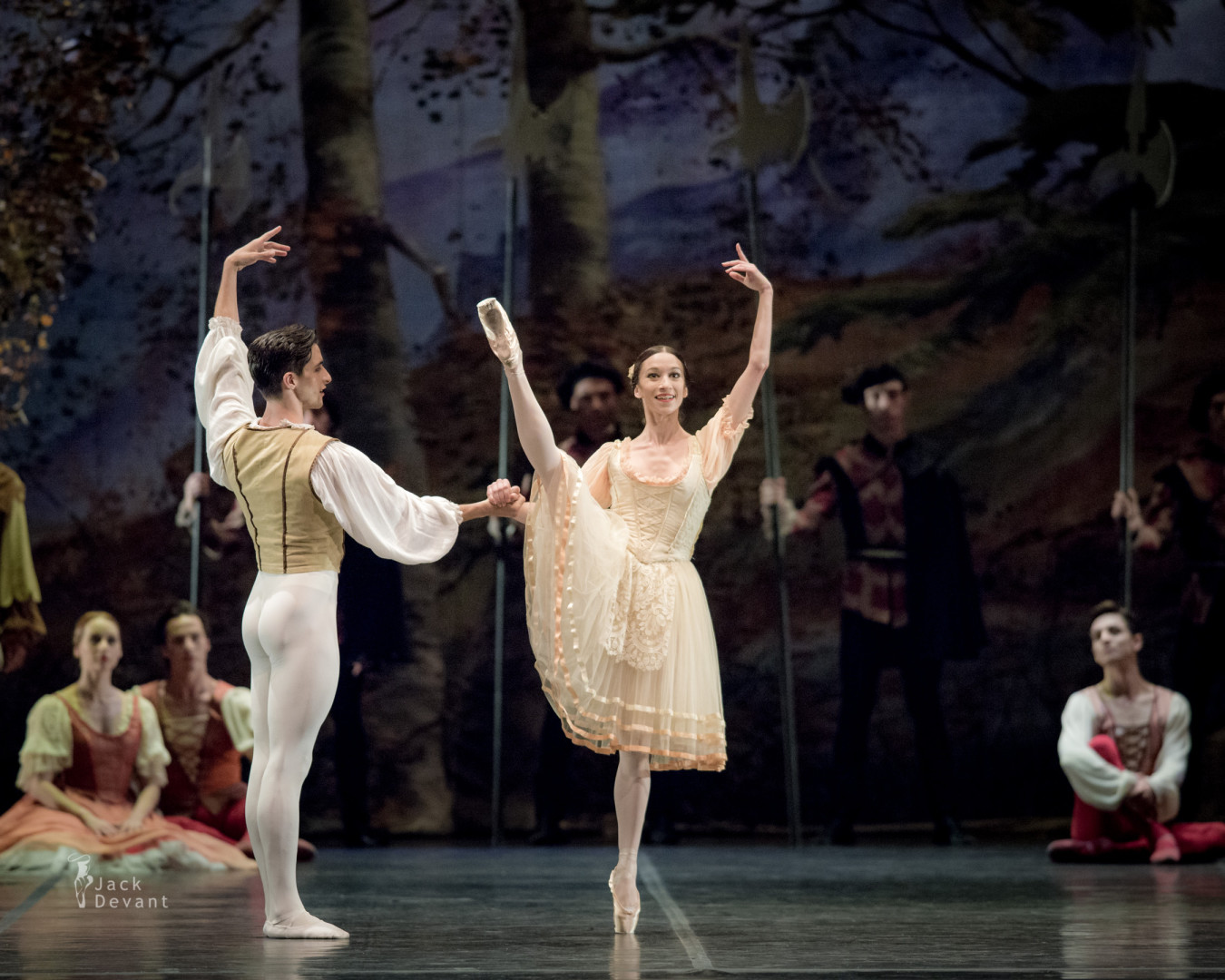Sara Sancamillo and Stanislao Capissi in Peasant pdd in Giselle