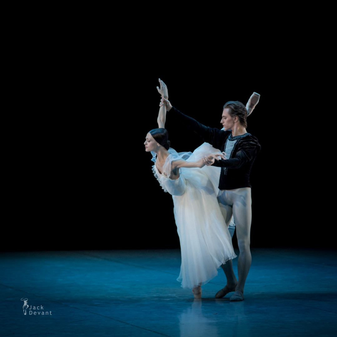 Kristina Shapran and Sergei Polunin in Giselle