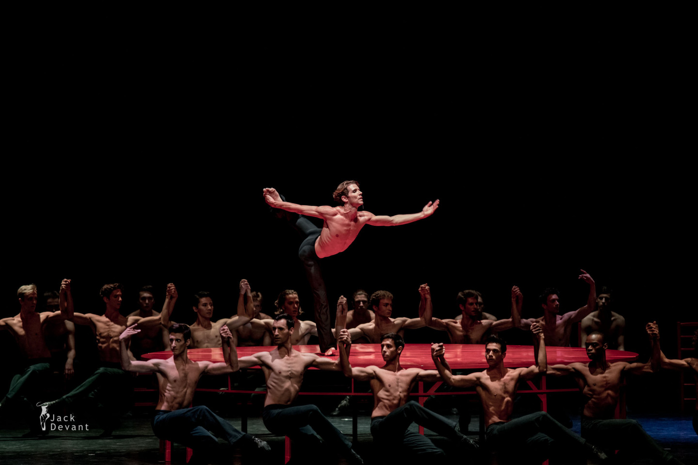 Julien Favreau and Béjart Ballet Lausanne in Bolero