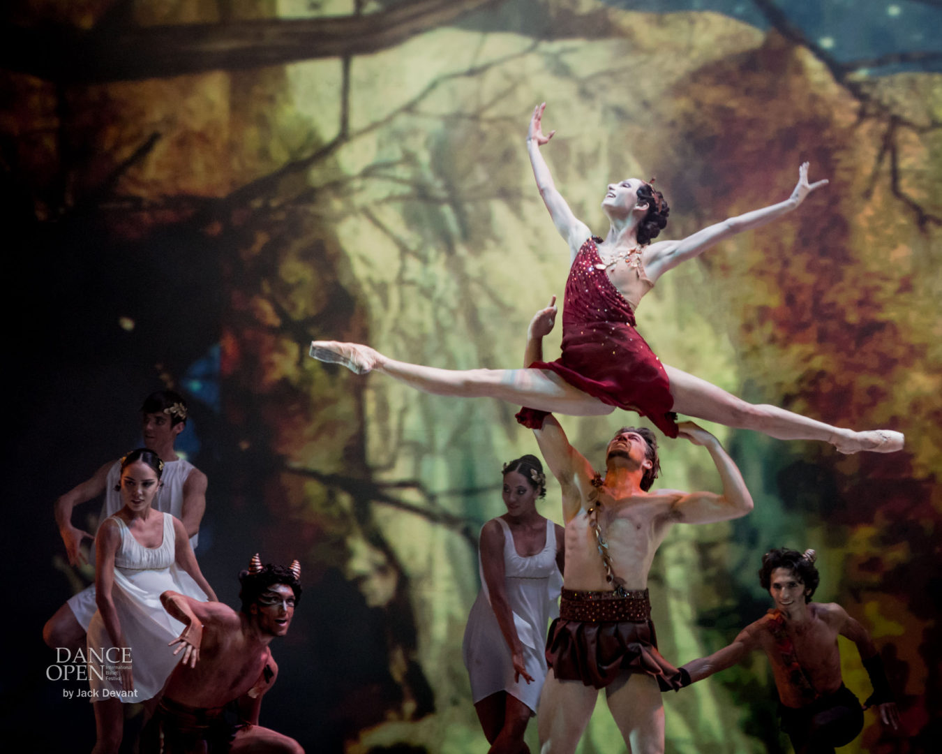 Oksana Skorik, Matthew Golding and Dinu Tamazlacaru in Walpurgis Night from Faust