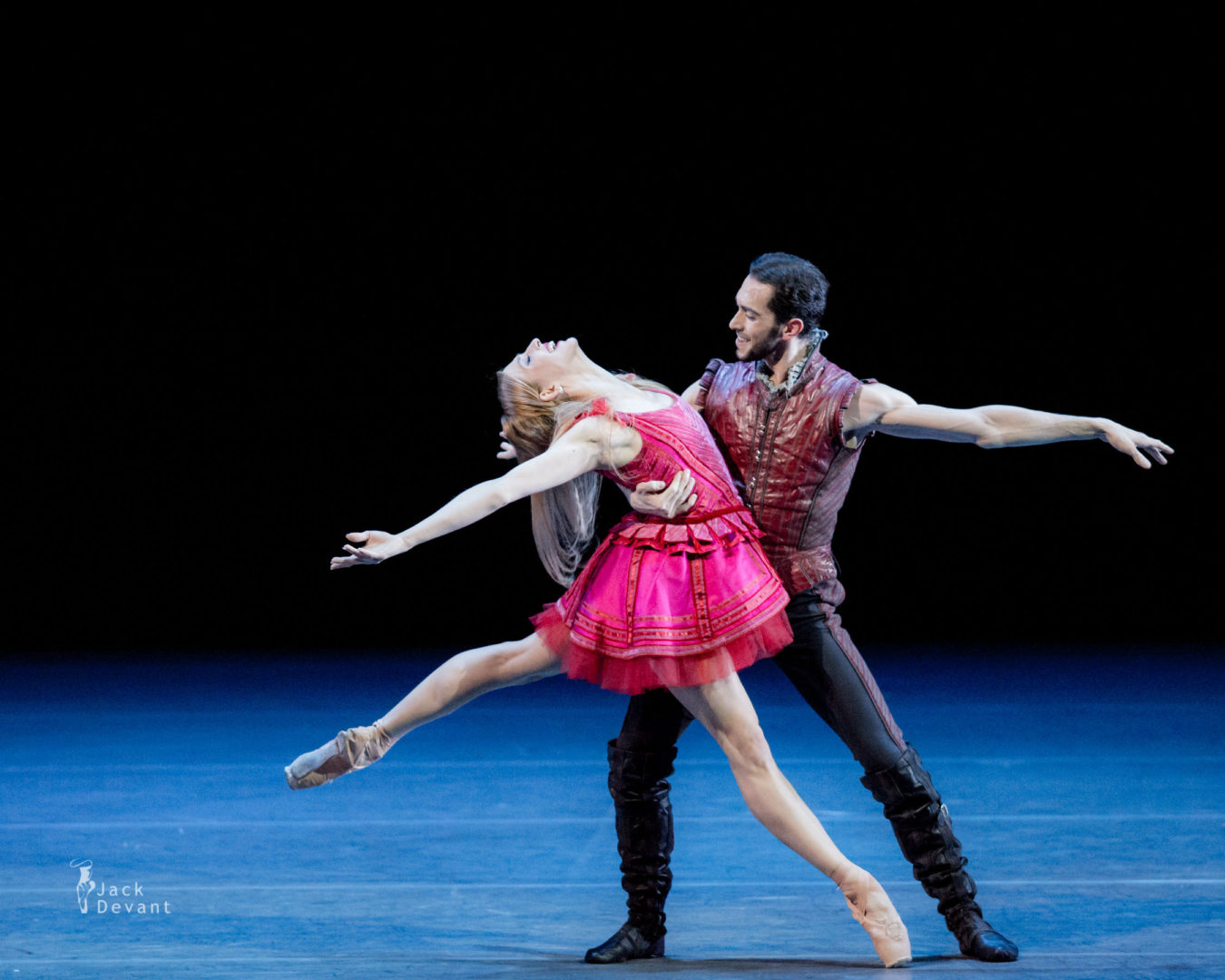 Benois de la Danse Virna Toppi and Christian Fagetti in duet from Cinderella, music by Sergei Prokofiev, choreography by Mauro Bigonzetti