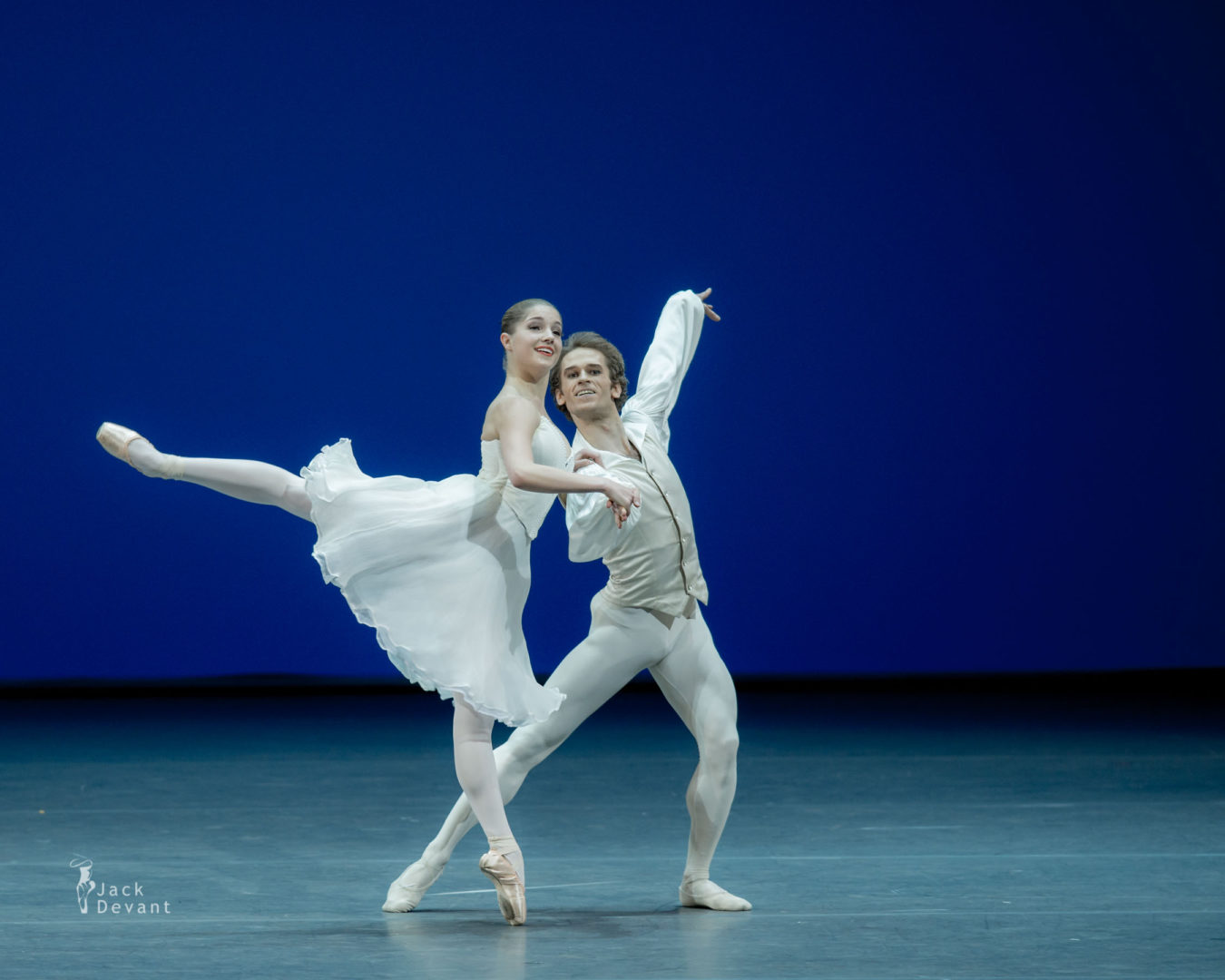 Emily Slawski and Dmitry Zagrebin in Tchaikovsky pas de deux, music by Pyotr Ilyich Tchaikovsky, choreography by George Balanchine