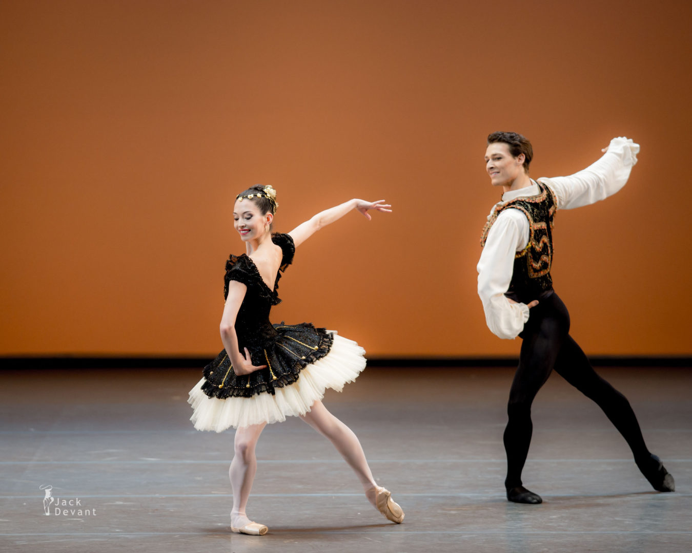 Hannah O'Neill and Hugo Marchand in Esmeralda pas de deux, music by Cesare Pugni, choreography by Nikolay Berezov after Jules Perrot