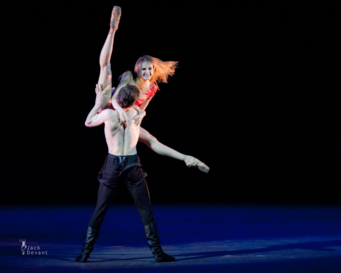 Olga Marchenkova (Rus. Ольга Марченкова) and Artemy Belyakov (Rus. Артемий Беляков) in the Hero of Our Time, music by Ilya Demutsky, choreography by Yuri Possokhov