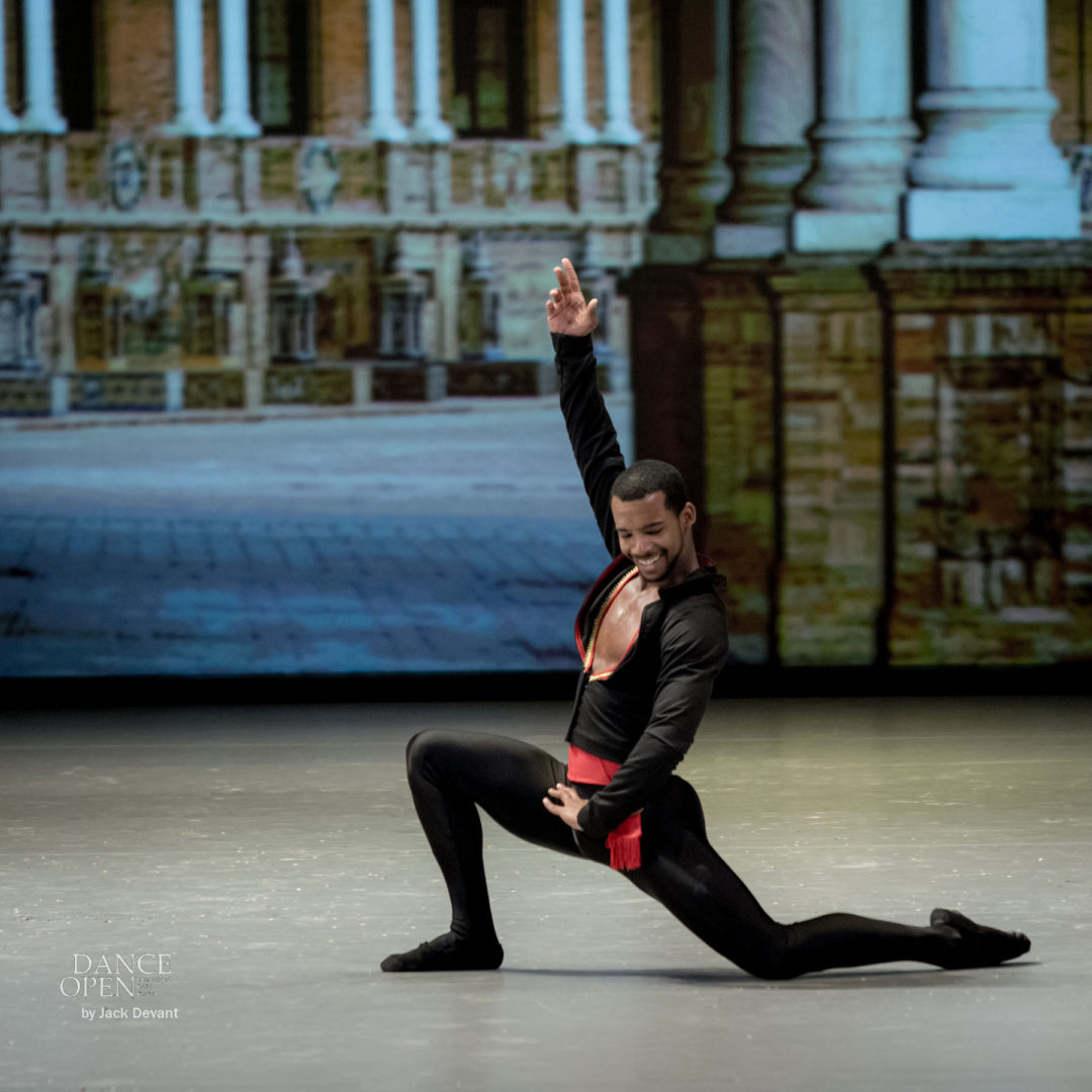 Kristina Kretova and Osiel Gouneo in the Grand pdd from Don Quixote