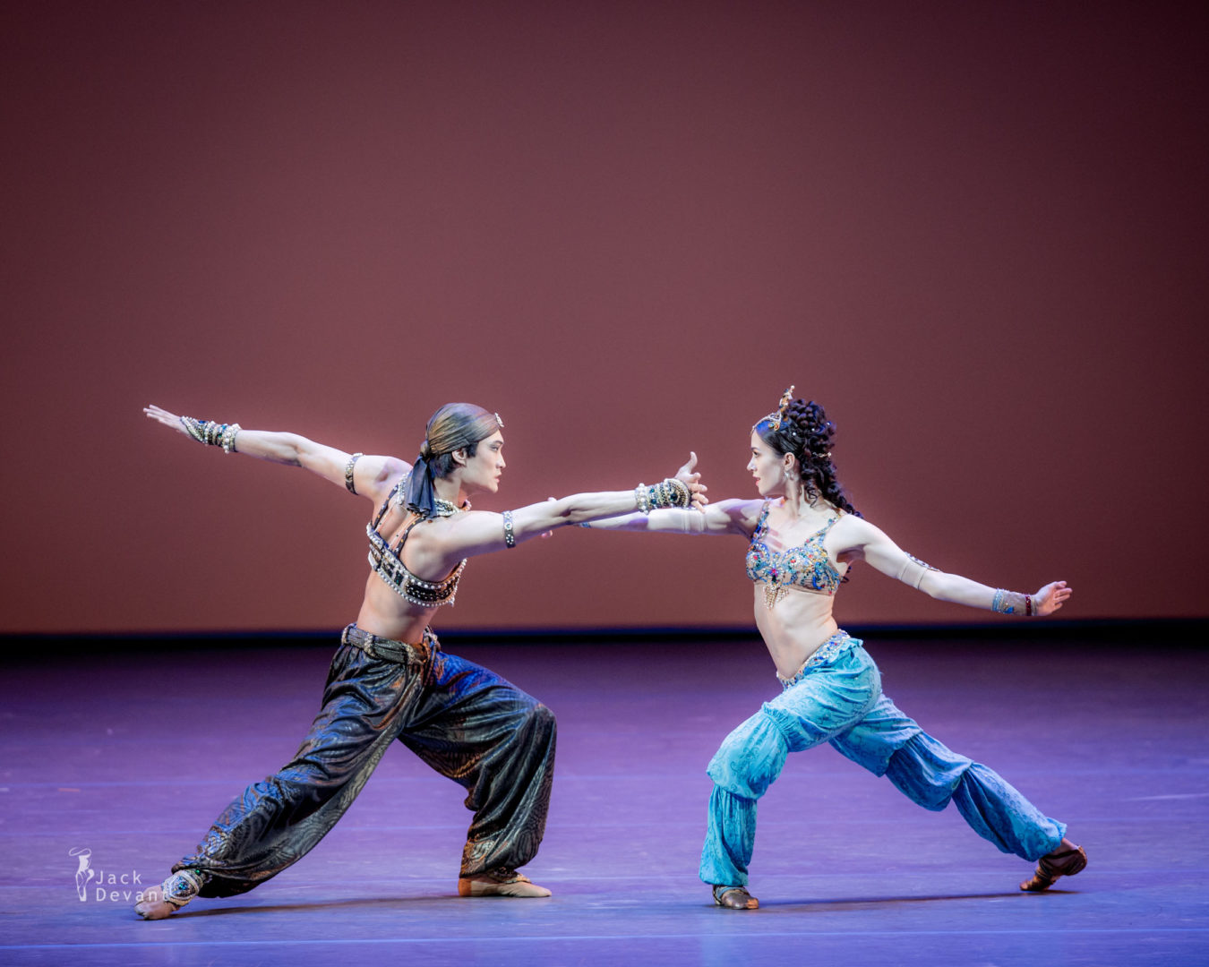 Nadezhda Batoeva and Kimin Kim in Scheherazade