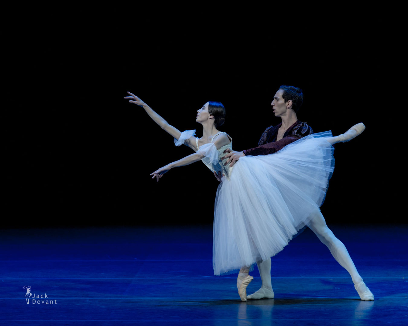 Rebecca Bianchi and Claudio Cocino in duet from Giselle