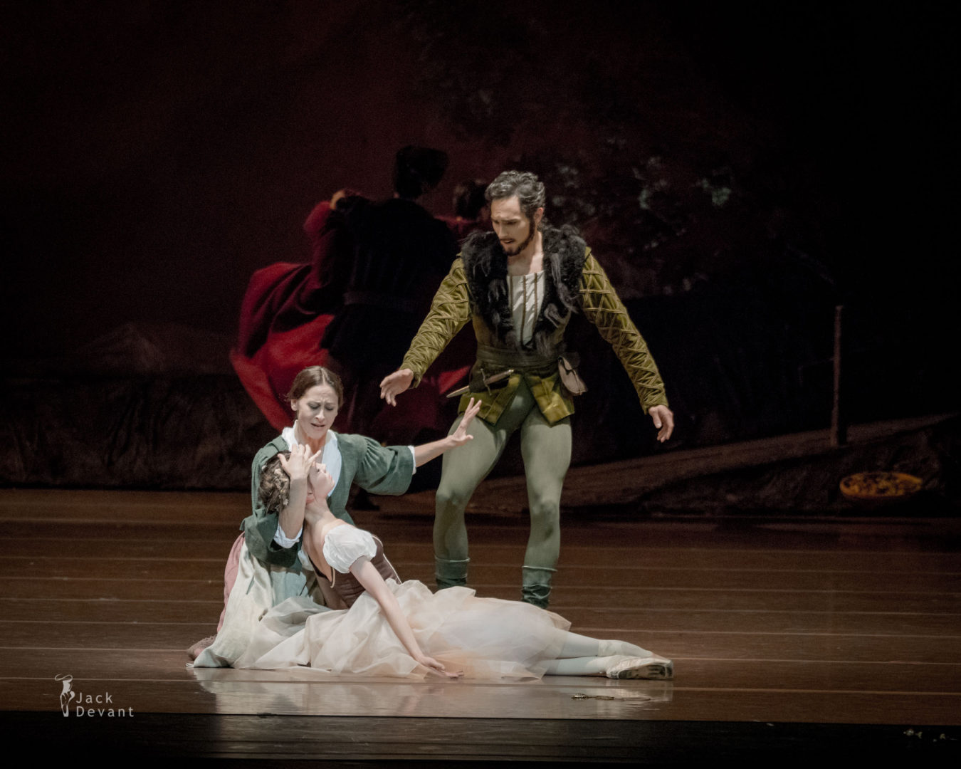 Maria Shirinkina and Hilarion, Matej Urban Berthe, Séverine Ferrolier in Giselle