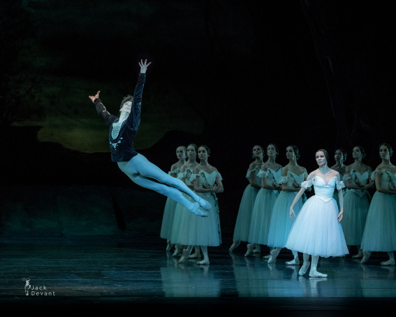 Maria Shirinkina and Vladimir Shklyarov in Giselle