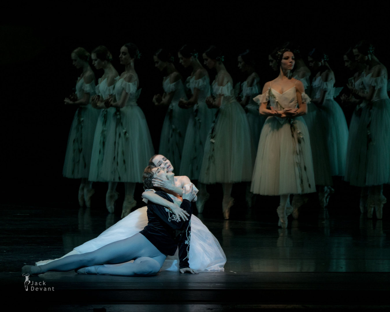 Maria Shirinkina and Vladimir Shklyarov in Giselle Myrtha Ivy Amista