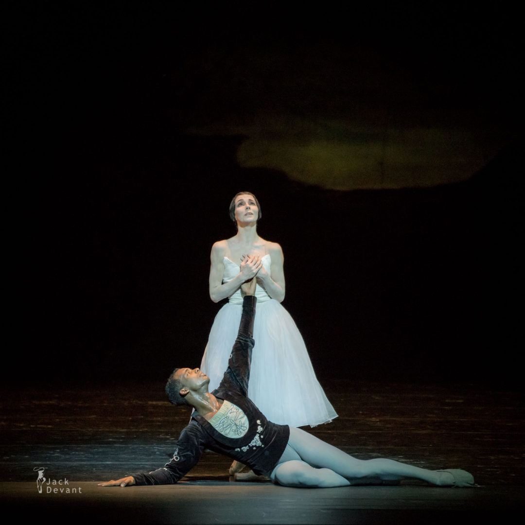 Natalia Osipova and Osiel Gouneo in Giselle