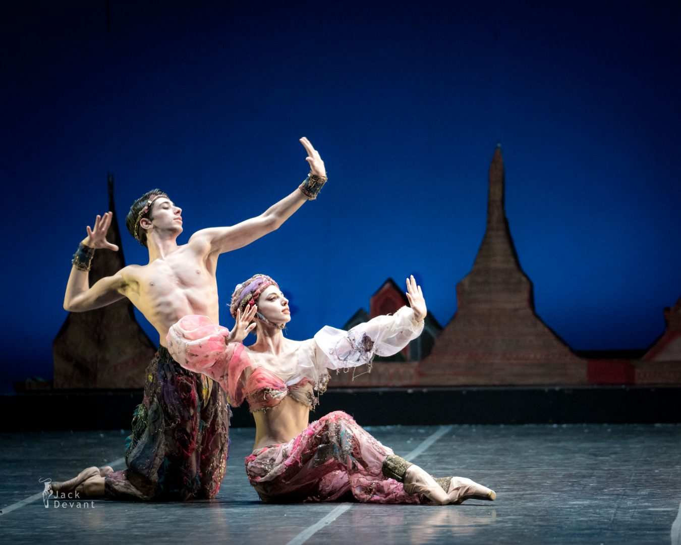 Susanna Elviretti and Umberto De Santi in Danza araba in The Nutcracker (Schiaccianoci)