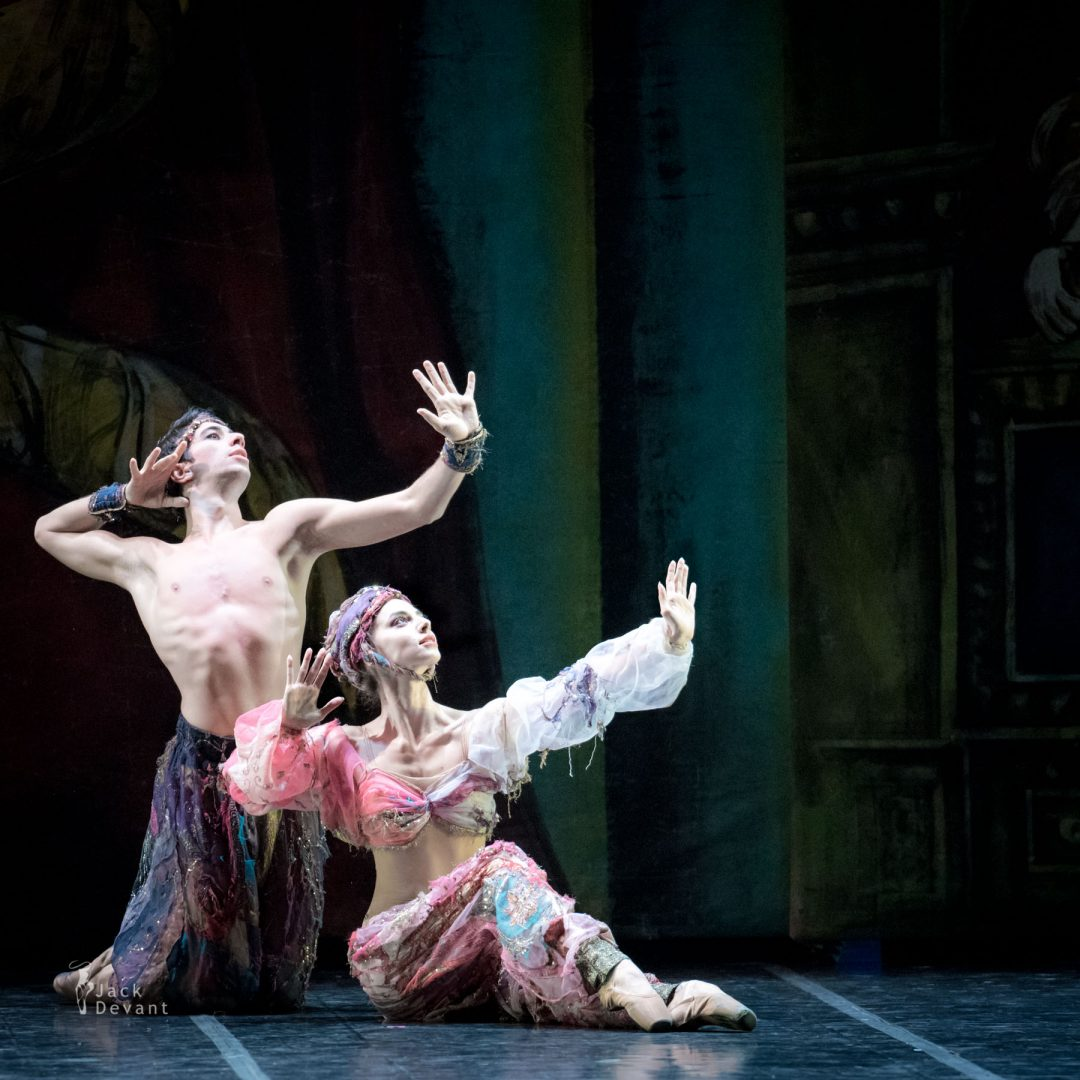 Susanna Elviretti and Umberto De Santi in Danza araba Lo Schiaccianoci The Nutcracker