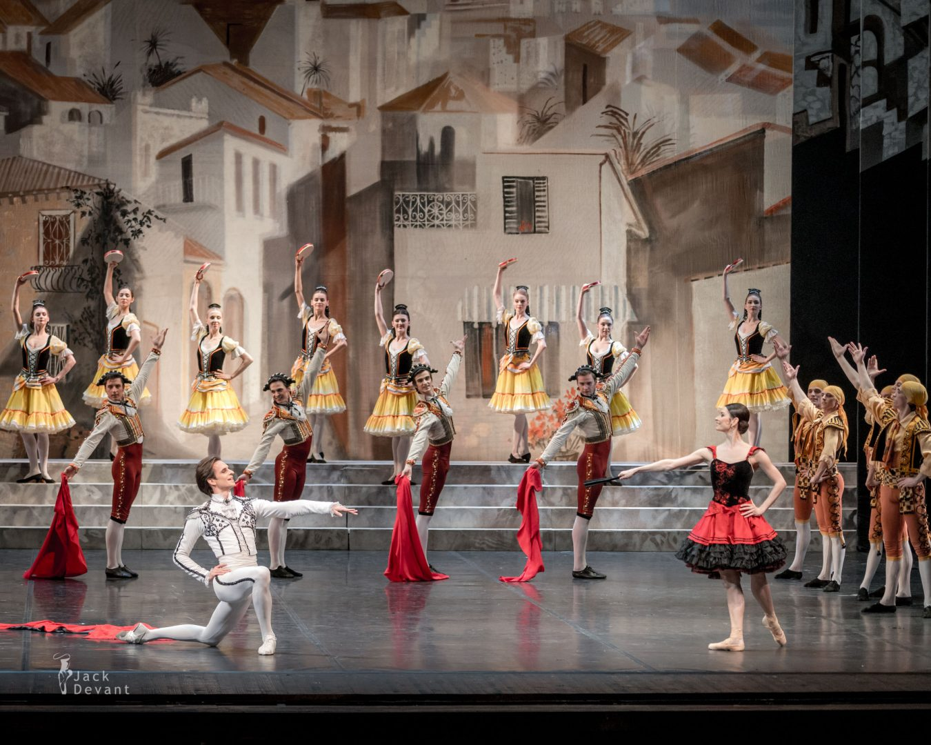 Valeria Mukhanova as a Street Dancer and Ivan Mikhalev as Espada in Don Quixote