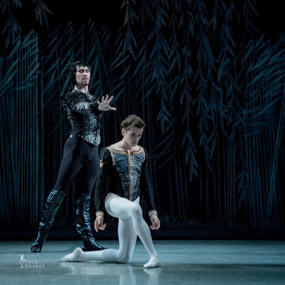 Oleg Kulikov (Олег Куликов) as Prince Ziegfried Sergey Mershin (Сергей Мершин) as Von Rothbart in Swan Lake