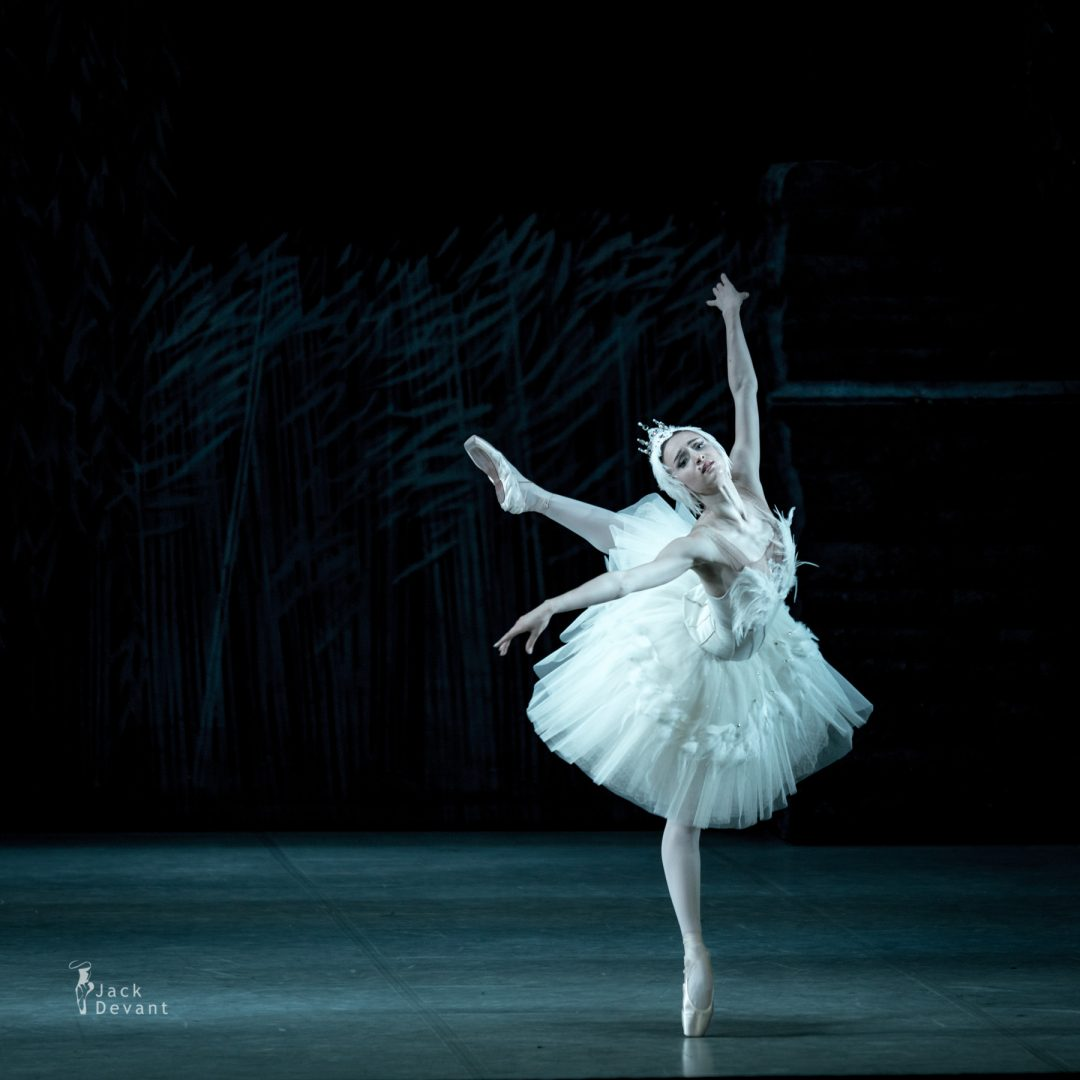 Inna Bilash as Odette in Swan Lake. Music by Pyotr Tchaikovsky, revised by Alexey Miroshnichenko. Shot in Perm in the frames of the Diaghilev Festival.