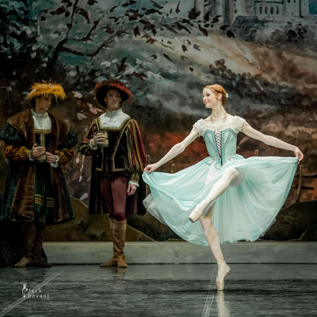 Alena Shkatula, variation in Giselle, Act 1