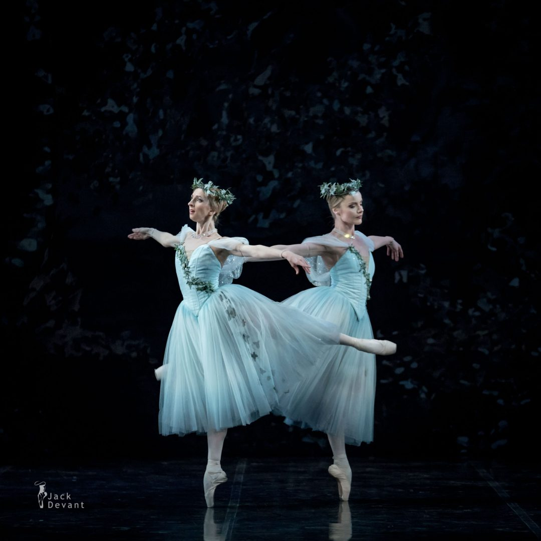 Marika Muiste and Heidi Kopti as Wilis Mona and Zulma in Giselle Act 2
