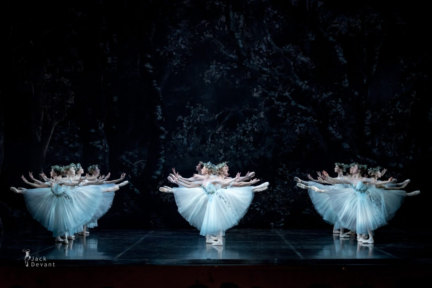 Giselle choreo Mary Skeaping by Estonian National Ballet