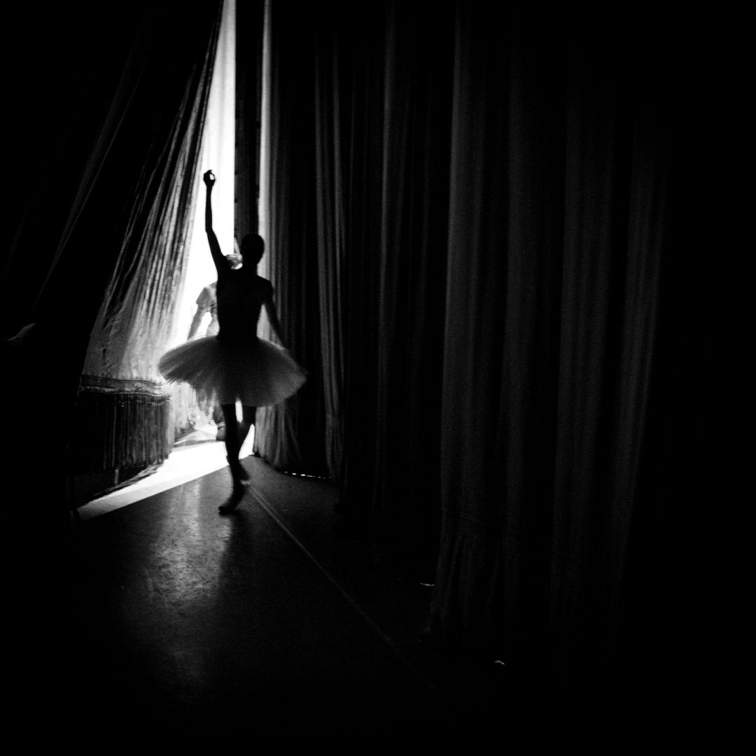 Oxana Skorik returning from curtain call